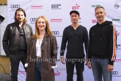 """Regisseur Christian Klandt, Gina Stiebitz, Justus Johannsen, Boris Bergmann, """"WIR SIND JETZT"""", Photo Call zur Premiere vor dem Kino Babylon, Berlin, 19.09.2020,"""