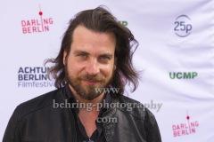 """Regisseur Christian Klandt, """"WIR SIND JETZT"""", Photo Call zur Premiere vor dem Kino Babylon, Berlin, 19.09.2020,"""
