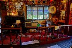 """""""Yorckschlösschen"""" in der Yorckstrasse 15, traditionsreiche Blues- und Jazzkneipe mit Biergarten und deftiger Kueche, viermal die Woche Live-Musik, der Kinofilm """"Leif in Concert vol.2"""" wurde hier gedreht, """"Kreuzberg"""", Berlin, 18.07.2020"""