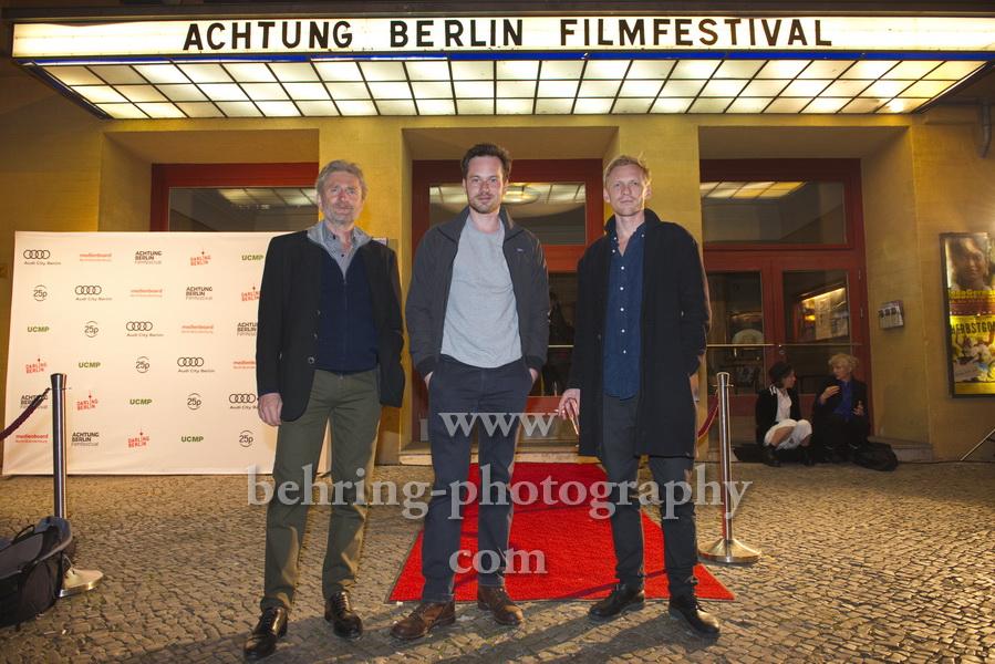 "Jörg Witte, Florian Bartholomäi, Pit Bukowski, ""CHASING PAPER BIRDS"", Photo Call beim Festival ""Achtung Berlin"" vor dem Kino Babylon, Berlin, 17.09.2020,"